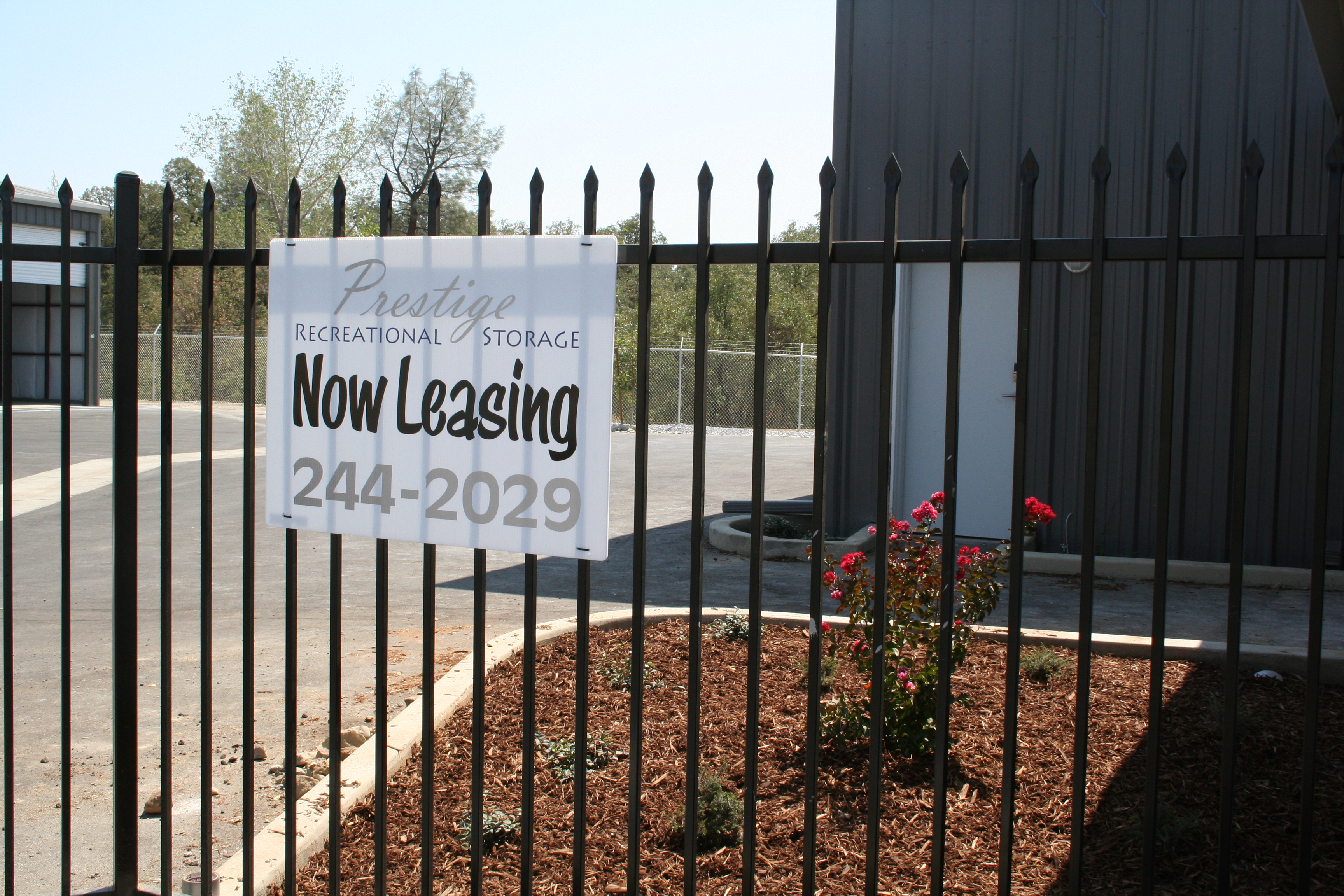 Photo of the now leasing sign